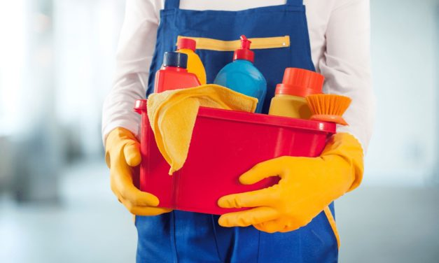 Guide To Hiring The Best Cleaning Service for Seniors